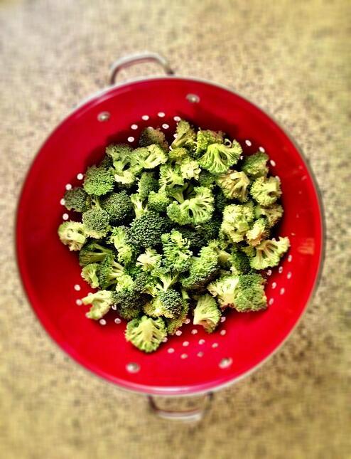 Light-Broccoli-Salad-Side-Dish
