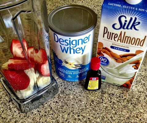 Coconut Strawberry Banana Smoothie Ingredients